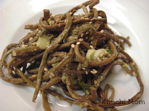 Gosari | www.kimchimom.com