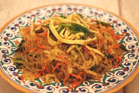Japchae | www.kimchimom.com