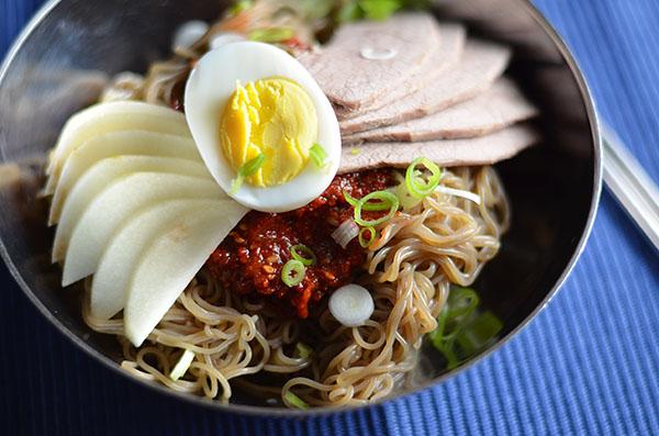 Bibim naeng myun (Korean spicy - 61.5KB