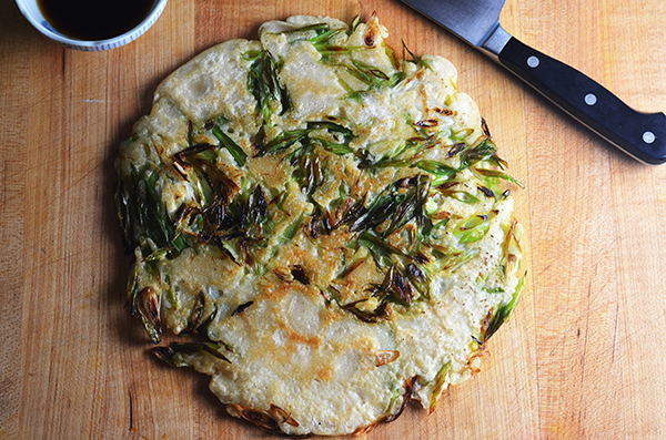 Pa Jun or Korean Scallion Pancakes #SundaySupper
