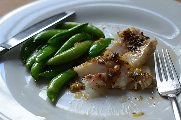 Cod Fillet with Lemon Pepper Ginger Sauce | www.kimchimom.com