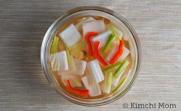 Nabak Kimchi | www.kimchimom.com