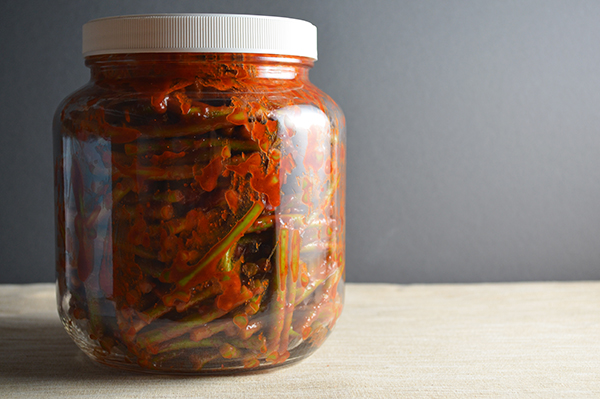 A jar of maniljjong kochujang jjangatchi.