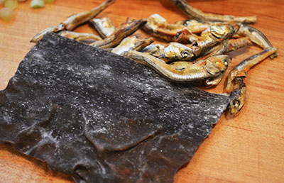 kombu and myulchi (anchovies)