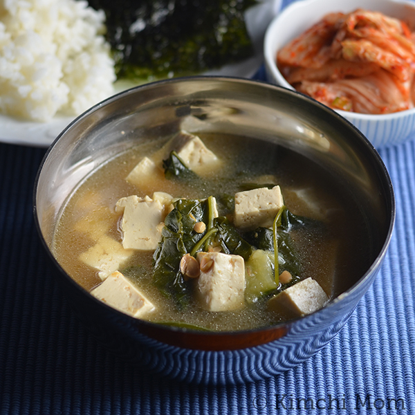 Fast and Simple Dwaenjang Guk (Korean soybean paste soup)