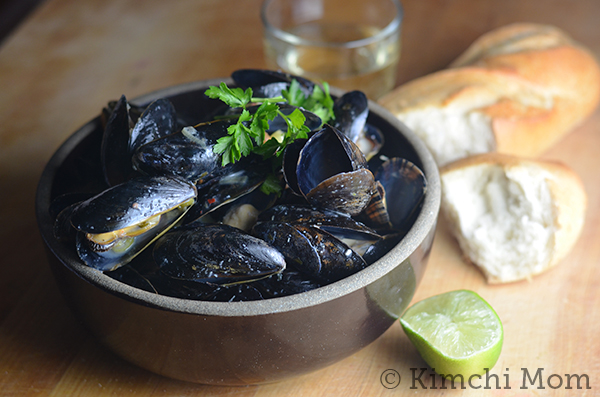 Thai-style Mussels #SundaySupper #GGHoliday2013