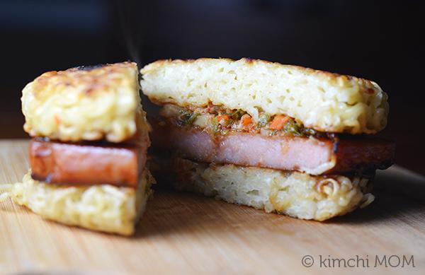 Spam Ramen Burger | www.kimchimom.com