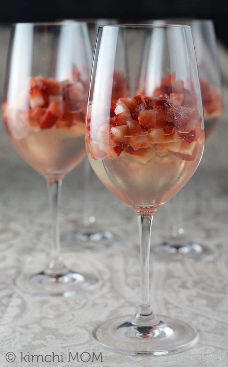 Moscato Gelee with Strawberry Compote | www.kimchimom.com
