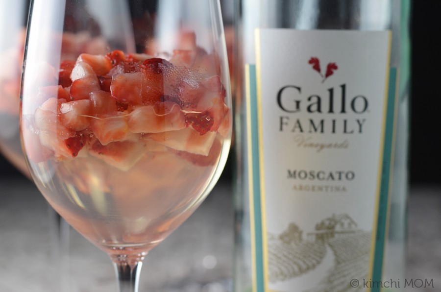 Moscato Gelée with Strawberry Compote | www.kimchimom.com
