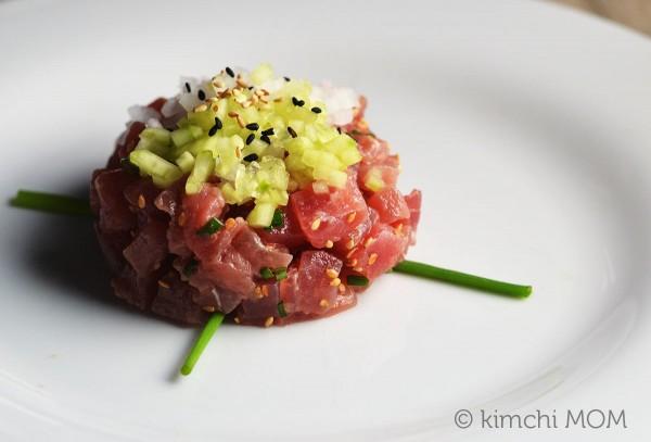 Tuna Tartare #SundaySupper | www.kimchimom.com