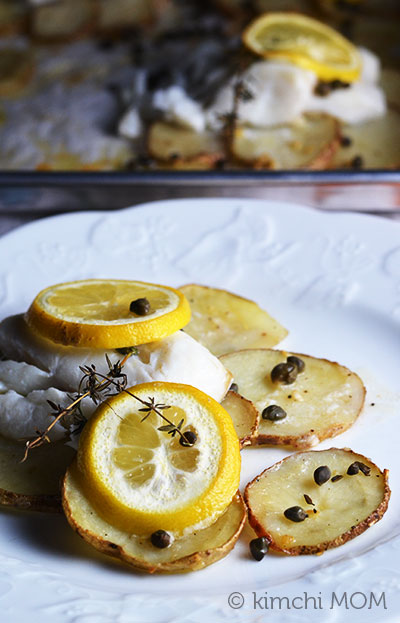 Lemon-herb Sole on Crispy Potato Rafts #WeekdaySupper | www.kimchimom.com