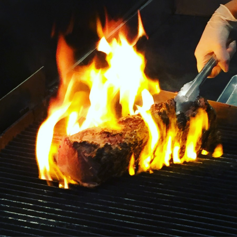 Searing beef #RoastPerfect #SundaySupper